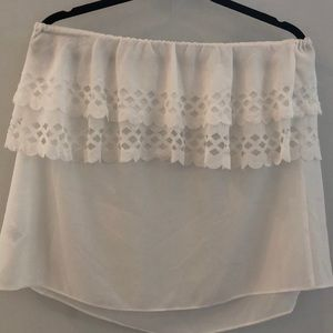 Tops - White patterned strapless top